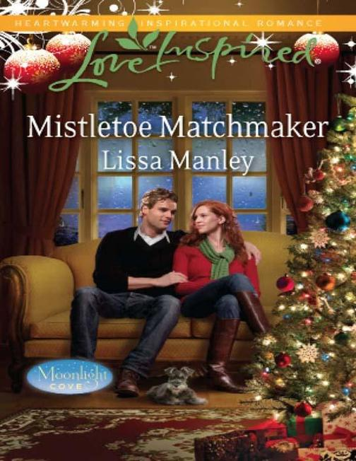 Mistletoe Matchmaker (Mills & Boon Love Inspired) (Moonlight Cove, Book 2)