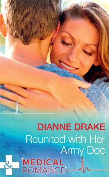 Reunited With Her Army Doc (Mills & Boon Medical) (Sinclair Hospital Surgeons)
